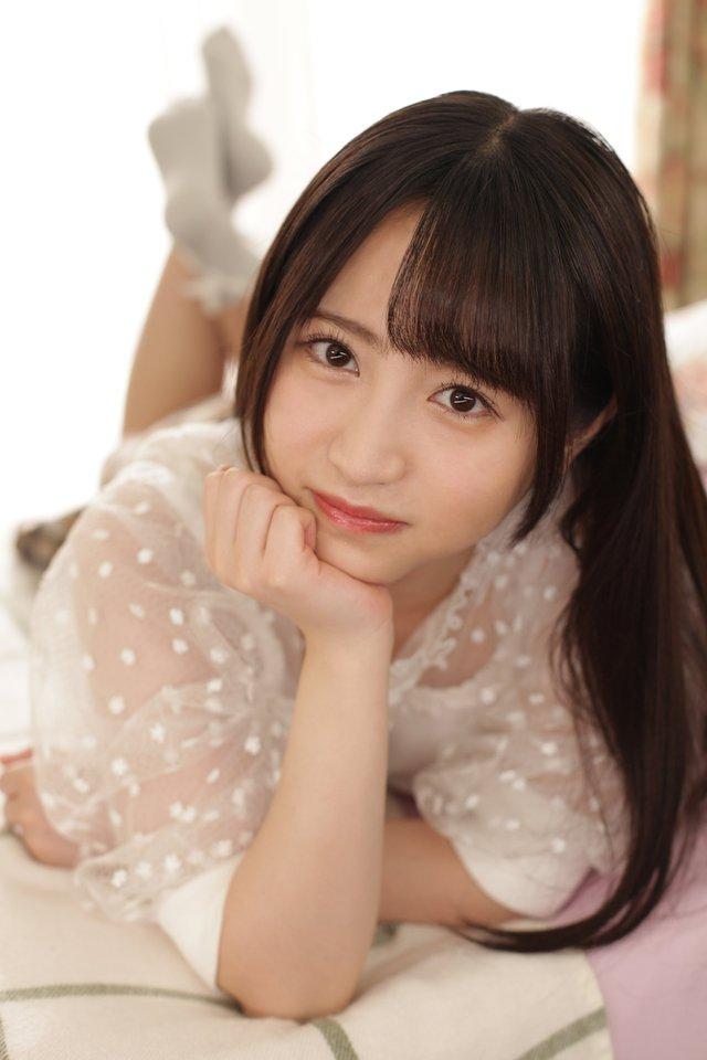 Ngắm nhan sắc trong trẻo của Rikka Ono, tiểu mỹ nữ sinh năm 2002 của làng phim 18+ Nhật Bản - Ảnh 5.