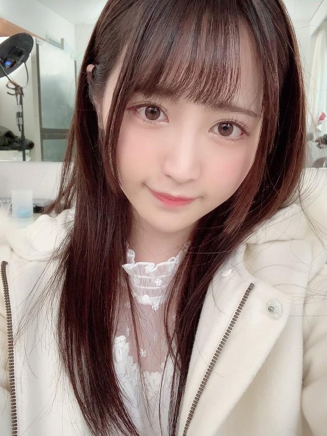 Ngắm nhan sắc trong trẻo của Rikka Ono, tiểu mỹ nữ sinh năm 2002 của làng phim 18+ Nhật Bản - Ảnh 12.