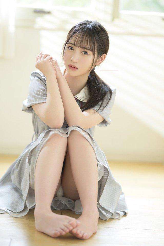 Ngắm nhan sắc trong trẻo của Rikka Ono, tiểu mỹ nữ sinh năm 2002 của làng phim 18+ Nhật Bản - Ảnh 7.