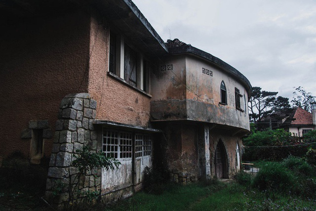 Khám phá những địa điểm bỏ hoang tại Việt Nam như game kinh dị (phần 2): Nhà nguyện Đà Lạt - Ảnh 5.