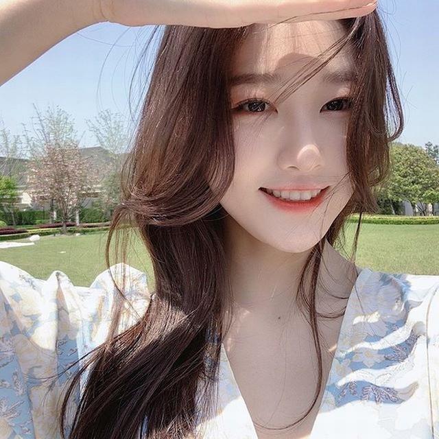 Sở hữu nhan sắc giống thần tiên tỷ tỷ Lưu Diệc Phi tới 99%, nàng hot girl khiến cộng đồng mạng truy tìm ráo riết - Ảnh 2.