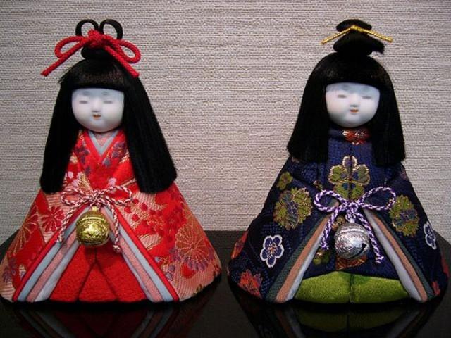 Khoa học vén màn bí ẩn trong truyền thuyết búp bê mọc tóc của Nhật Bản - Ảnh 2.
