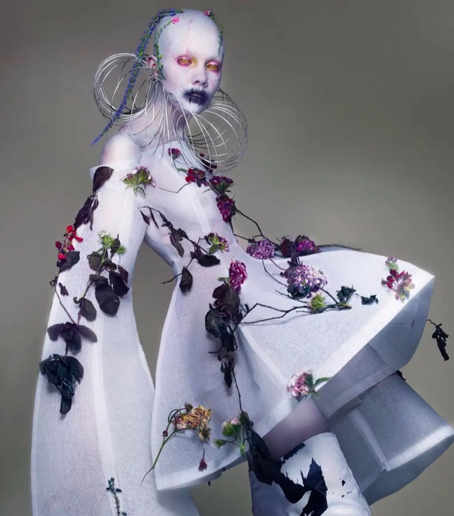 Chiêm ngưỡng màn cosplay thành người ngoài hành tinh phong cách ghê rợn không giống ai - Ảnh 8.