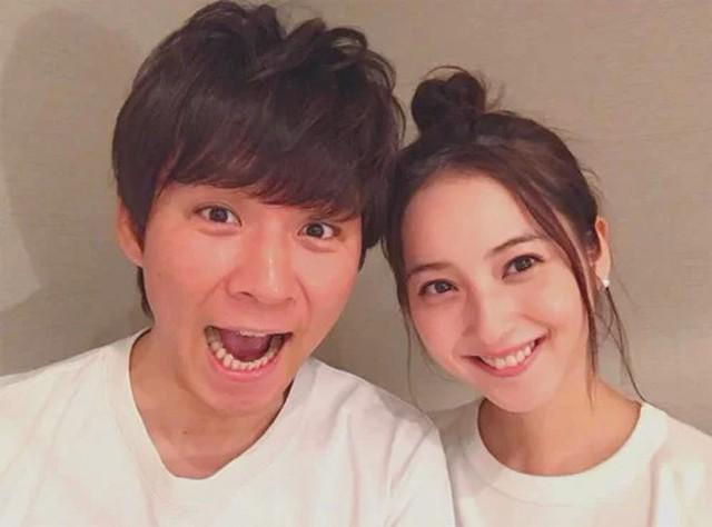 Chồng mỹ nhân đẹp nhất Nhật Bản ngoại tình khắp nơi vẫn khẳng định yêu vợ sâu sắc - Ảnh 1.