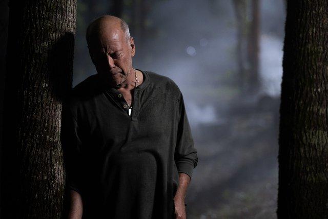Già gân Bruce Willis trở lại trong tác phẩm hành động, giật gân Đêm Sống Còn - Ảnh 2.