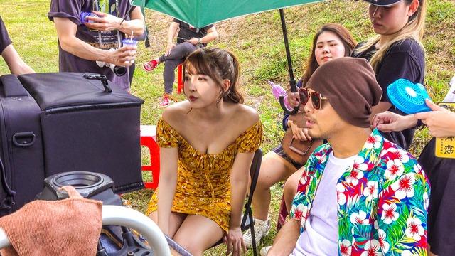 MV mới đạt 2,5 triệu view sau 24h, Yua Mikami gửi lời cảm ơn fan Việt cày view - Ảnh 9.