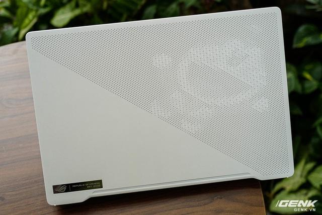 Trải nghiệm nhanh ASUS Zephyrus G14: Chiếc laptop mạnh và độc đáo nhất thế giới, giá tại VN từ 26,99 triệu đồng - Ảnh 3.