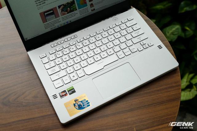 Trải nghiệm nhanh ASUS Zephyrus G14: Chiếc laptop mạnh và độc đáo nhất thế giới, giá tại VN từ 26,99 triệu đồng - Ảnh 7.