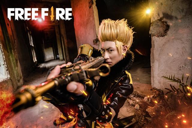 """Bộ ảnh Ngày Thanh Trừng của Free Fire ăn mưa gạch đá từ game thủ: """"Nhìn quả đầu như HKT phiên bản lỗi"""" - Ảnh 1."""