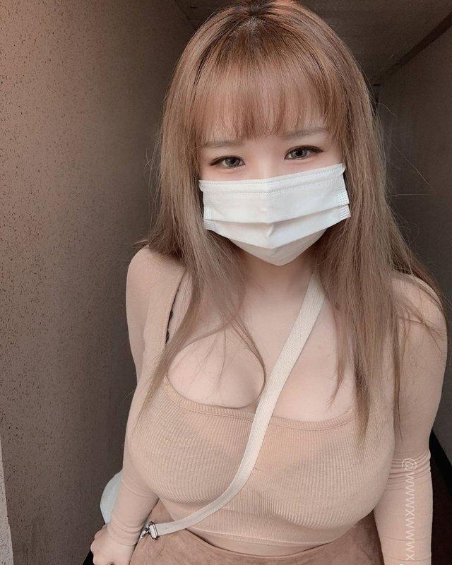 Nhá hàng ảnh đeo khẩu trang, nàng hot girl khiến cộng đồng mạng xôn xao, nghi vấn hack tâm hồn đẹp - Ảnh 2.