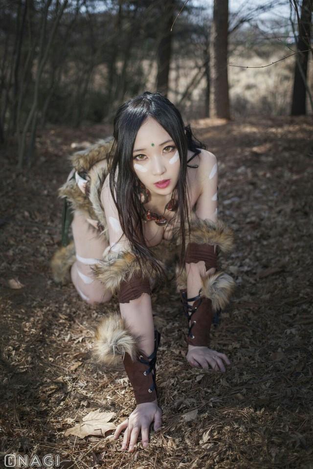 Rạo rực với cosplay Nidalee tâm hồn căng mọng, trắng hồng từng milimet của nữ coser Hàn Quốc - Ảnh 3.