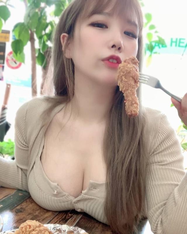 Nhá hàng ảnh đeo khẩu trang, nàng hot girl khiến cộng đồng mạng xôn xao, nghi vấn hack tâm hồn đẹp - Ảnh 6.