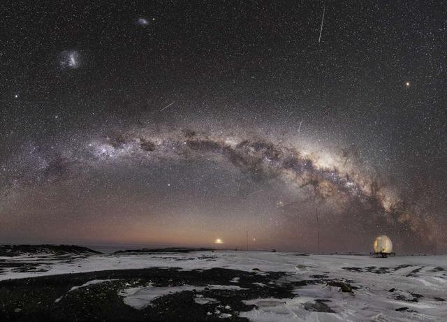 25 bức ảnh Dải ngân hà đẹp nhất 2020, đặt làm hình nền thì đẹp vô cùng (P1) - Ảnh 10.