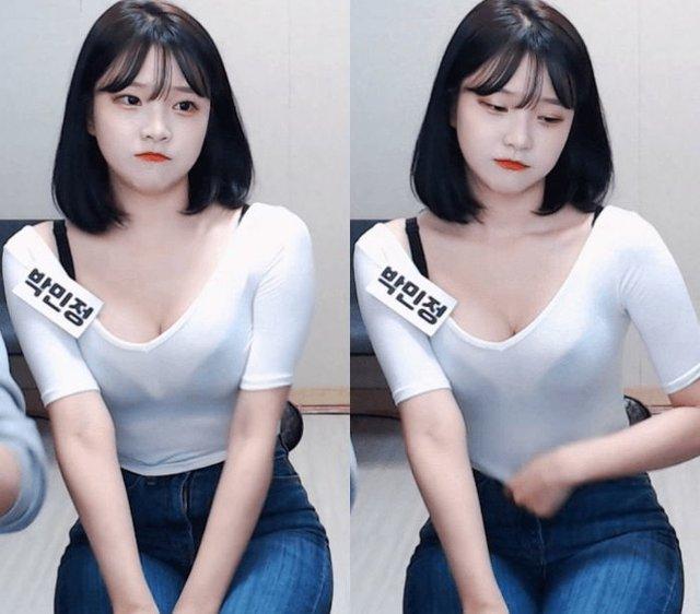 Diện trang phục mỏng tang nhìn xuyên thấu khi lên sóng, nữ Youtuber hồn nhiên đo 3 vòng khiến fan trầm trồ - Ảnh 2.