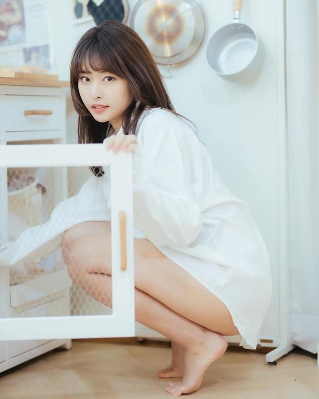 Chân dung tân binh hot nhất trong ngành streamer Hàn Quốc, chưa debut, chỉ chụp ảnh đã làm fan trầm trồ - Ảnh 6.
