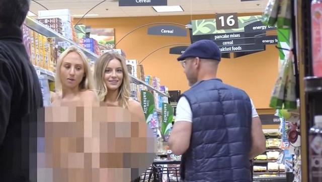 Thực hiện thử thách 24h không mặc quần áo, hai nữ Youtuber xinh đẹp nhận cả rổ gạch đá từ phía cộng đồng mạng - Ảnh 10.