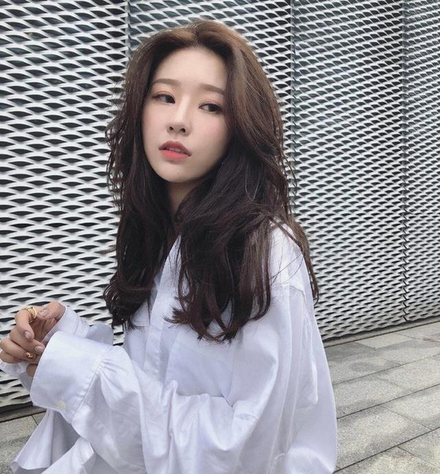 Top 7 pha lộ nhan sắc thật của gái xinh TikTok khiến fan khiếp vía, sốc nhất là hot girl... 58 tuổi - Ảnh 21.