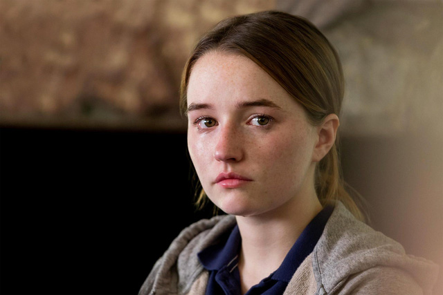 Beautiful actress Kaitlyn Dever can take on the role of Ellie in The Last of Us - Picture 1.