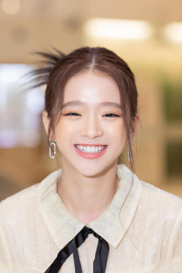 Linh Ka khoe ảnh mới với phong cách khác lạ, cộng đồng mạng thi nhau vào nhận vợ - Ảnh 2.