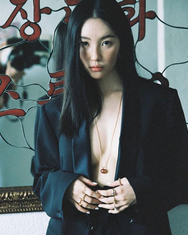 Thăng hoa cùng DAMWON, Showmaker được nữ idol nóng bỏng hàng đầu K-pop công khai thả thính - Ảnh 12.
