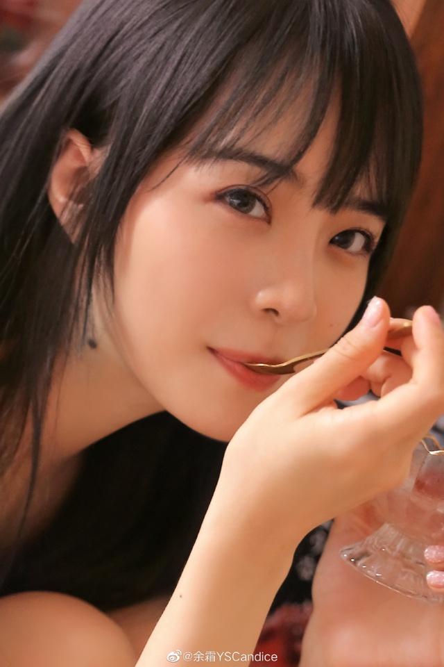 Top 8 nữ MC LMHT xinh đẹp nhất thế giới: LCK có 3 đại diện nhưng vẫn thua hết Minh Nghi! - Ảnh 16.