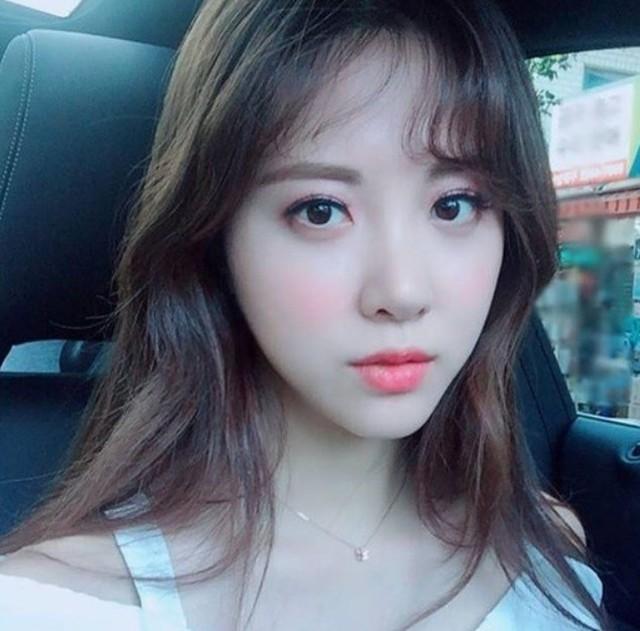 Top 8 nữ MC LMHT xinh đẹp nhất thế giới: LCK có 3 đại diện nhưng vẫn thua hết Minh Nghi! - Ảnh 7.