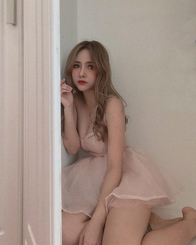 Bất ngờ được báo quốc tế khen ngợi vì quá xinh đẹp và gợi cảm, nàng hot girl Việt bỗng chốc nổi như cồn - Ảnh 11.