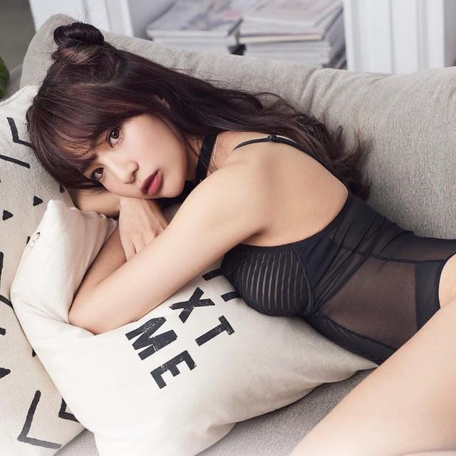 Top 4 hot girl ngực khủng công khai tuyển người yêu trên mạng, triệu fan ứng tuyển vẫn không thấy ai thành công - Ảnh 9.
