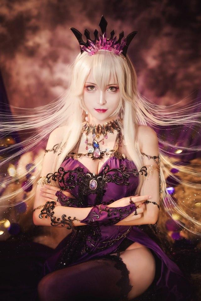 Ngắm mỹ nhân Fate/Grand Order đầy ma mị và quyến rũ qua loạt ảnh cosplay đẹp lung linh - Ảnh 1.
