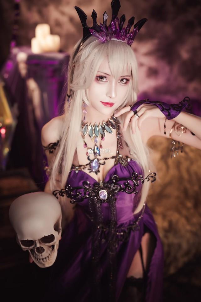 Ngắm mỹ nhân Fate/Grand Order đầy ma mị và quyến rũ qua loạt ảnh cosplay đẹp lung linh - Ảnh 13.