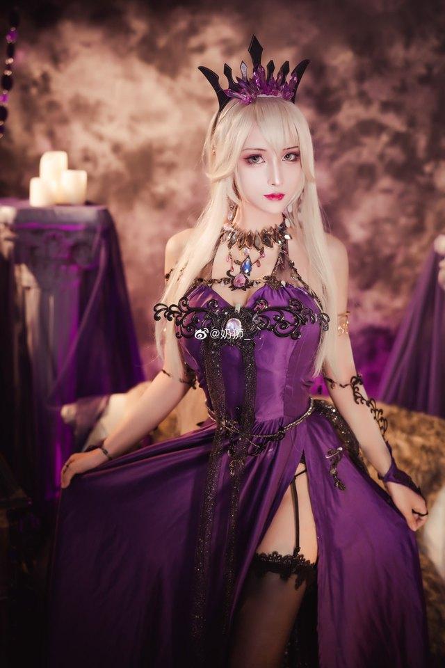 Ngắm mỹ nhân Fate/Grand Order đầy ma mị và quyến rũ qua loạt ảnh cosplay đẹp lung linh - Ảnh 16.