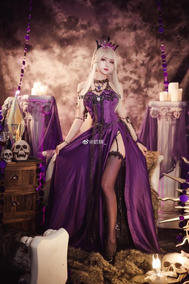 Ngắm mỹ nhân Fate/Grand Order đầy ma mị và quyến rũ qua loạt ảnh cosplay đẹp lung linh - Ảnh 18.
