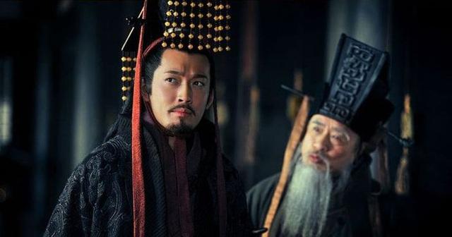 Chỉ là hậu bối, Tôn Quyền có vốn liếng nào để cùng Tào Tháo, Lưu Bị tranh đoạt thiên hạ? - Ảnh 5.