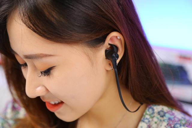 Rapoo VM300: Tai nghe gaming không dây bluetooth giá rẻ mà chất âm tuyệt vời - Ảnh 2.