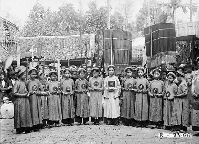 Khám phá quy tắc đặt tên 'nam Văn nữ Thị' của người Việt - Ảnh 4.