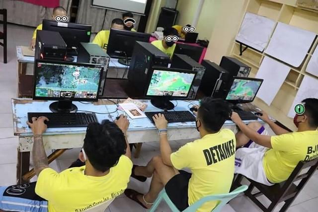 Đi tù vẫn được chơi game, đấu giải - đây là những phạm nhân số hưởng nhất thế giới - Ảnh 3.