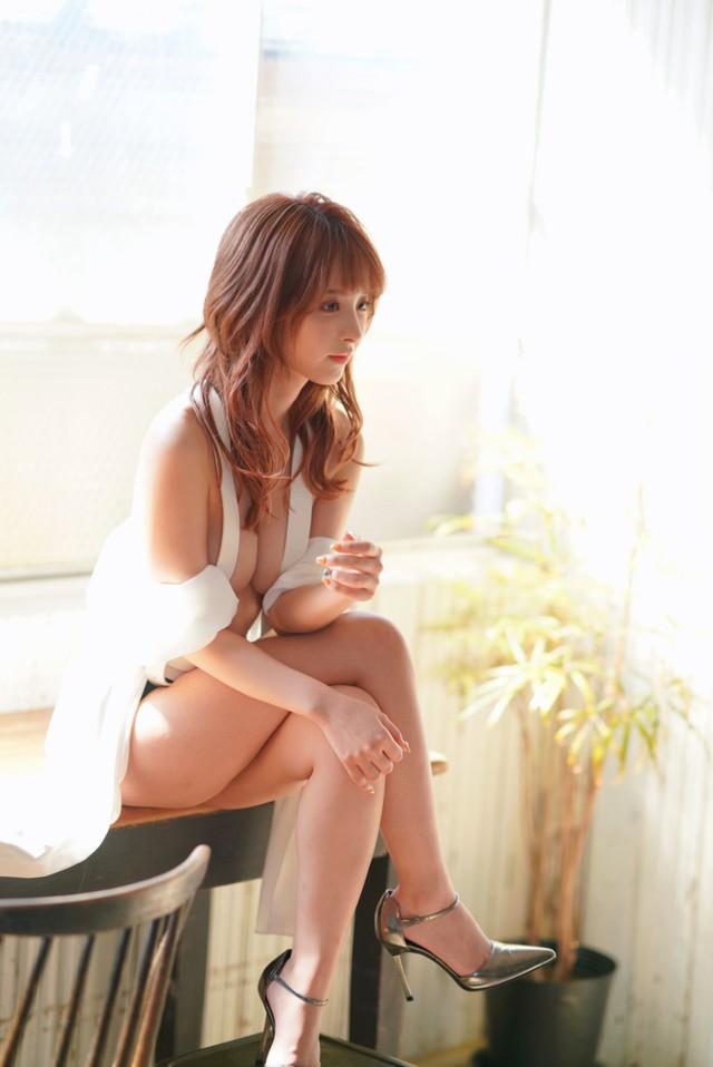 Mỹ nhân 18+ xinh đẹp nhất Nhật Bản bật mí sở thích chơi điện tử, khoe mê tít Kimetsu no Yaiba - Ảnh 7.