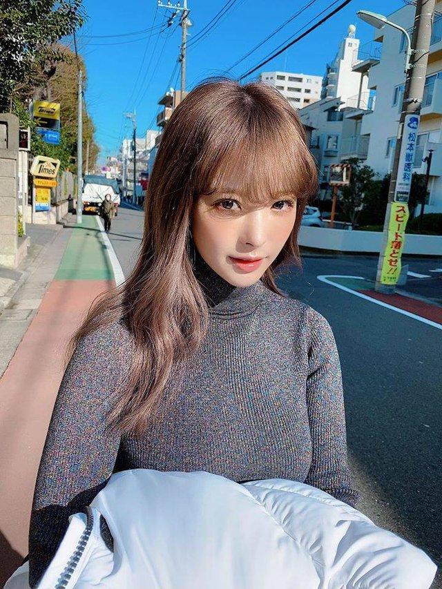 Mỹ nhân 18+ xinh đẹp nhất Nhật Bản bật mí sở thích chơi điện tử, khoe mê tít Kimetsu no Yaiba - Ảnh 5.