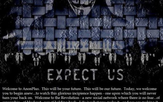 Những góc khuất ít người biết về nhóm hacker Anonymous: Sở hữu nút vàng Youtube, làm cả MXH riêng nhưng lại bị hack lên bờ xuống ruộng - Ảnh 3.
