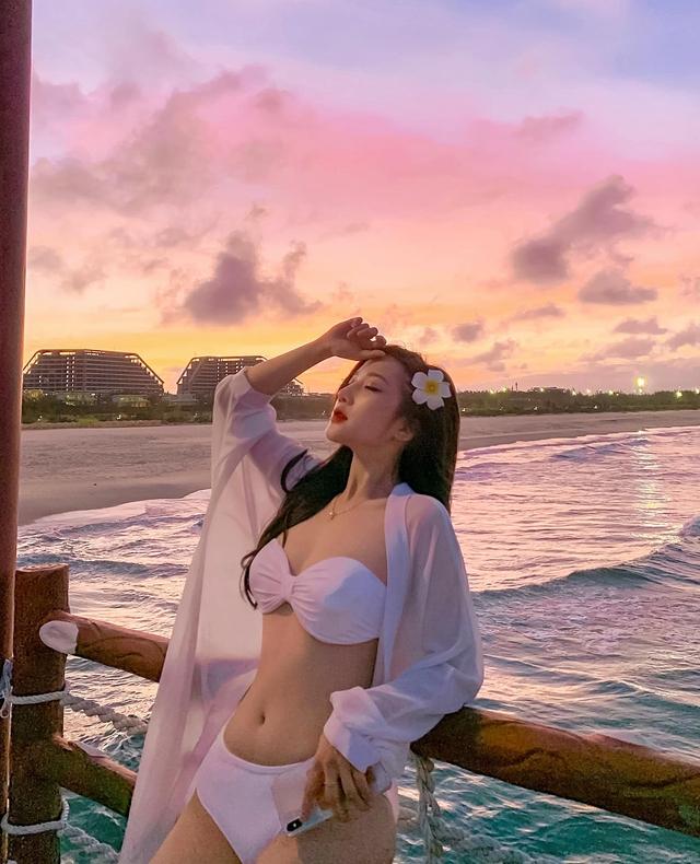 Da trắng mặt xinh thân hình gợi cảm, hot girl Tuyên Quang gây sốt cộng đồng mạng - Ảnh 4.