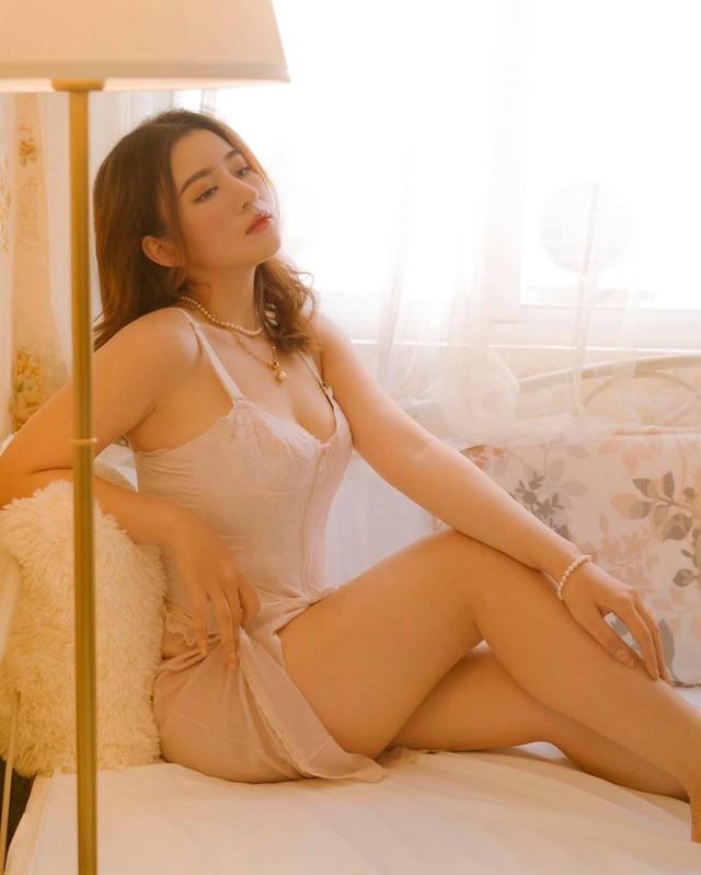 Da trắng mặt xinh thân hình dáng chuẩn, cô nàng hot girl Việt mới nổi khiến cộng đồng mạng xao xuyến - Ảnh 4.