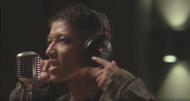 Cộng đồng Call of Duty: Mobile VN phát sốt với MV Rap Chiến Binh CODM, nhưng nguồn gốc bài hát mới khiến nhiều người sững sờ - Ảnh 2.