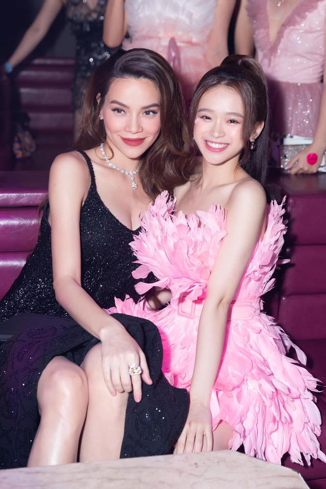Đăng ảnh chụp chung cùng Hồ Ngọc Hà, hot girl Linh Ka nhận mưa lời khen vì đẹp cả nhan sắc lẫn tâm hồn - Ảnh 1.