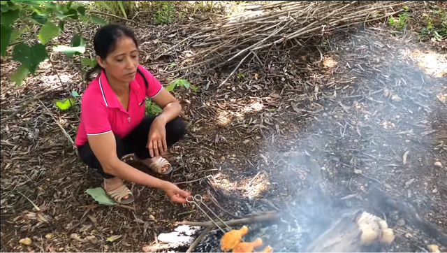 Bà Lý Vlog - Youtuber ẩm thực mới nổi bị dân mạng chỉ trích đừng cố bắt chước Bà Tân - Ảnh 5.