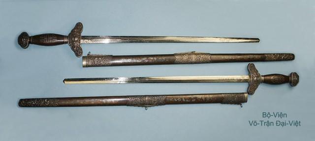 Chiêm ngưỡng các cổ kiếm cực lợi hại của Đại Việt: Sắc bén và đáng gờm chẳng kém gì katana Nhật Bản - Ảnh 2.