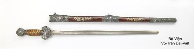 Chiêm ngưỡng các cổ kiếm cực lợi hại của Đại Việt: Sắc bén và đáng gờm chẳng kém gì katana Nhật Bản - Ảnh 3.