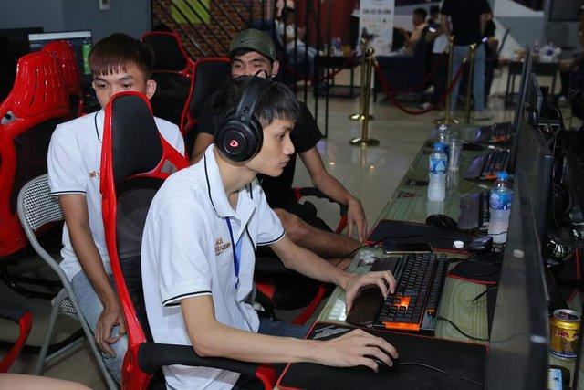 Game thủ AoE Hồng Anh chia sẻ: Chơi AoE là đam mê chứ không đơn thuần chỉ là công việc của một streamer - Ảnh 2.