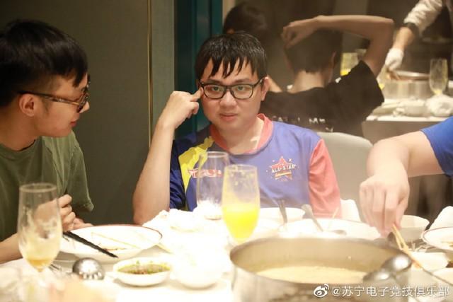 Đừng tưởng fan Việt tự sướng, fan Trung Quốc cũng đang nổ tung trời: Cỡ SofM thì muốn thắng lúc nào chẳng được - Ảnh 2.