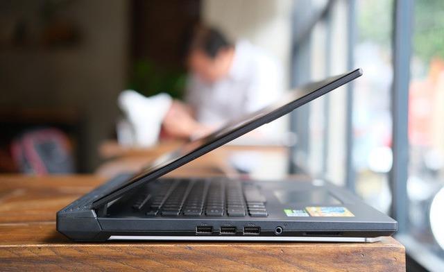Laptop gaming quái vật ROG Strix SCAR 15 (2020): Core i7 Gen 10, RTX 2060 song giá hơi căng gần 48 triệu - Ảnh 7.