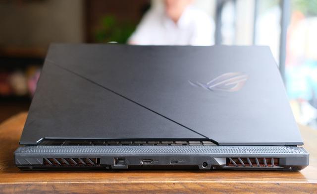 Laptop gaming quái vật ROG Strix SCAR 15 (2020): Core i7 Gen 10, RTX 2060 song giá hơi căng gần 48 triệu - Ảnh 8.